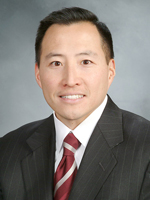 Dr. Robert Min